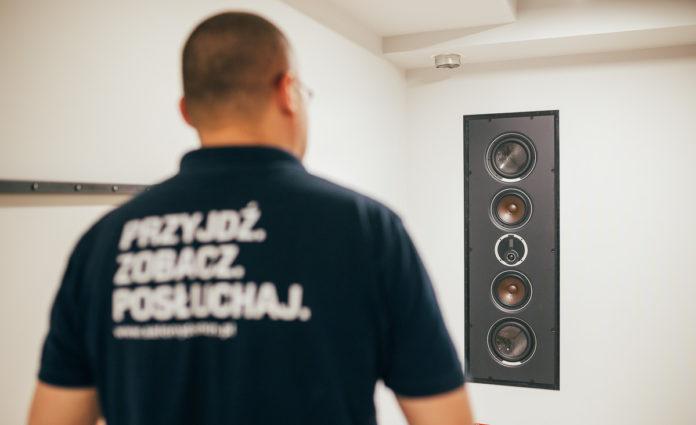 Hallom, de nem látom. Mindent a beépíthető hangszórókról., Denon Store